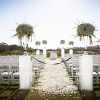 Casamento ao ar livre preto e branco