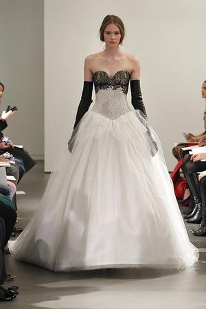 S14 VERA WANG NEW YORK BRIDAL 4/19/13