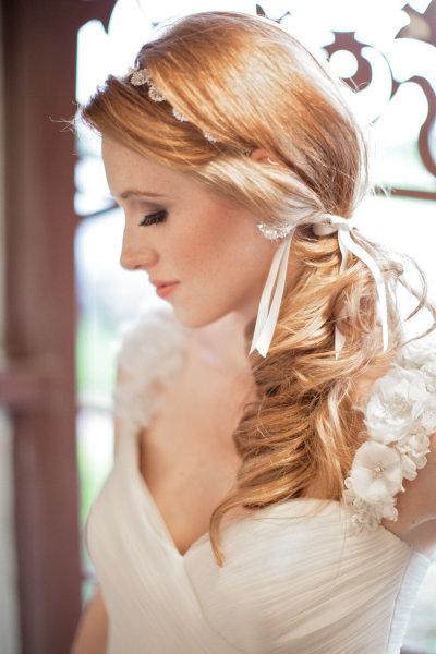 Resultado de imagem para penteado rabo baixo para noivas