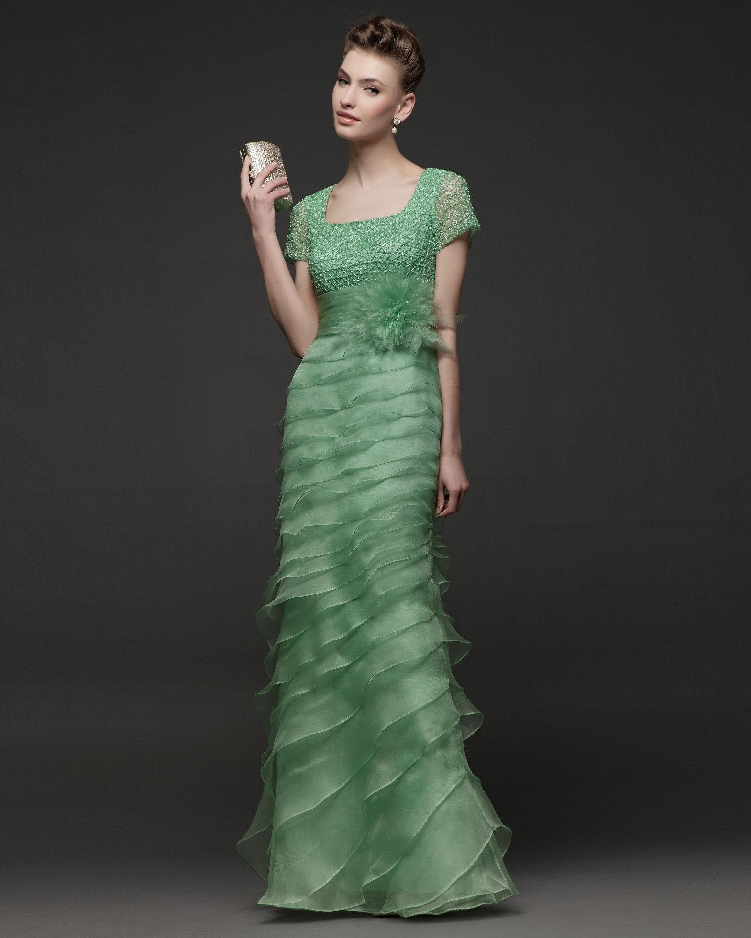 0efc7692f0 Vestidos de festa Rosa Clará