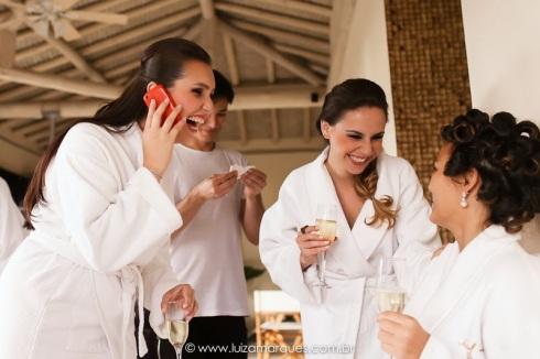 Casamento-na-praia-vila-das-velas-ilhabela-fotografa-de-casamento-thayane-e-diego02