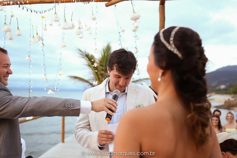 Casamento-na-praia-vila-das-velas-ilhabela-fotografa-de-casamento-thayane-e-diego10