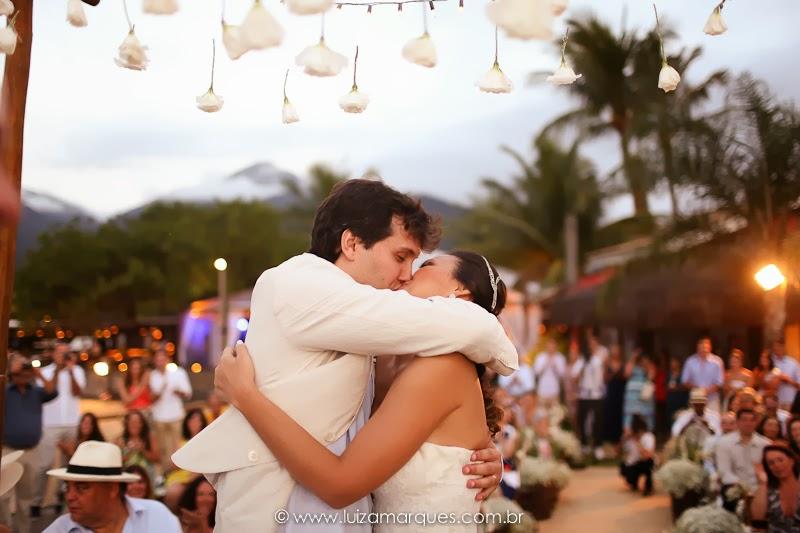 Casamento-na-praia-vila-das-velas-ilhabela-fotografa-de-casamento-thayane-e-diego15