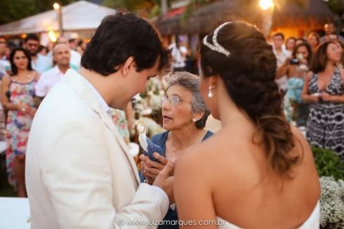 Casamento-na-praia-vila-das-velas-ilhabela-fotografa-de-casamento-thayane-e-diego16