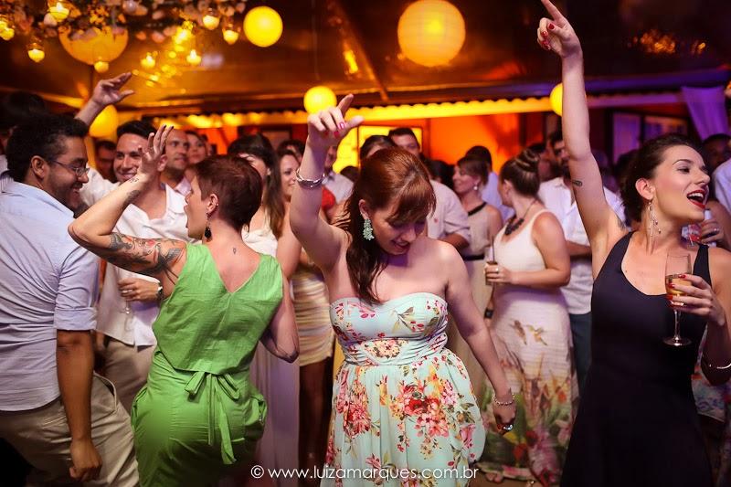 Casamento-na-praia-vila-das-velas-ilhabela-fotografa-de-casamento-thayane-e-diego28