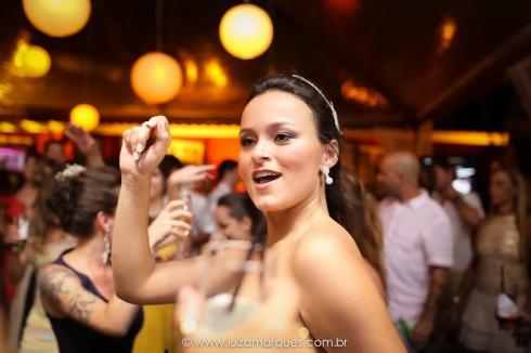 Casamento-na-praia-vila-das-velas-ilhabela-fotografa-de-casamento-thayane-e-diego30