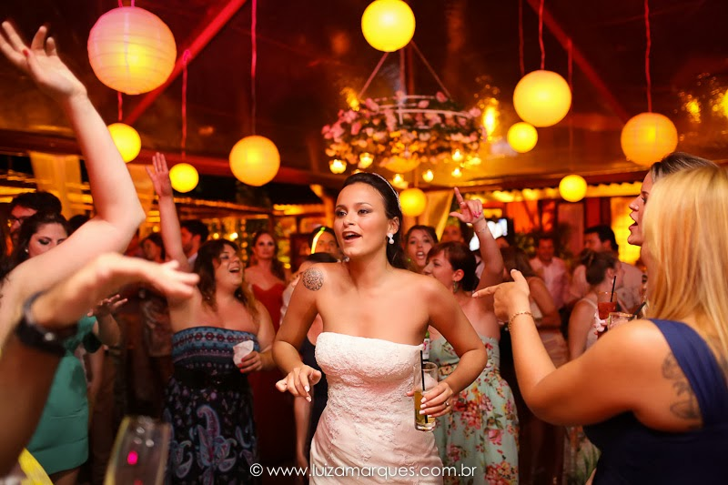 Casamento-na-praia-vila-das-velas-ilhabela-fotografa-de-casamento-thayane-e-diego33