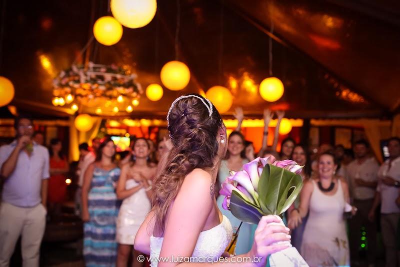 Casamento-na-praia-vila-das-velas-ilhabela-fotografa-de-casamento-thayane-e-diego37