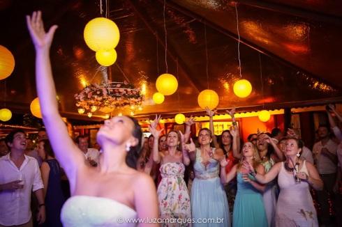 Casamento-na-praia-vila-das-velas-ilhabela-fotografa-de-casamento-thayane-e-diego38