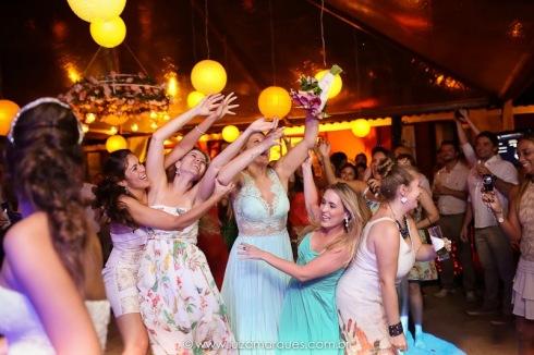 Casamento-na-praia-vila-das-velas-ilhabela-fotografa-de-casamento-thayane-e-diego39