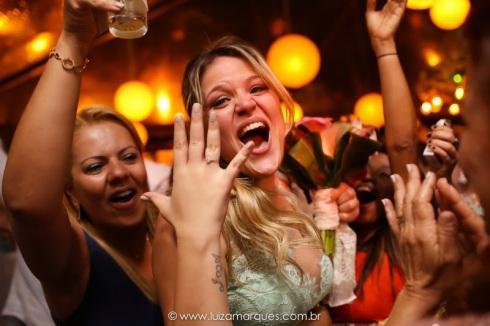 Casamento-na-praia-vila-das-velas-ilhabela-fotografa-de-casamento-thayane-e-diego45
